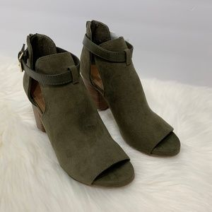 Kenneth Cole REACTION Hit Hooded Bootie Ankle Boot